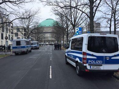 Warum die Polizei ihre Strategie vor AfD-Parteitagen verändern muss